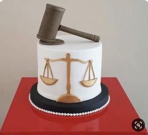law grad cake gavel